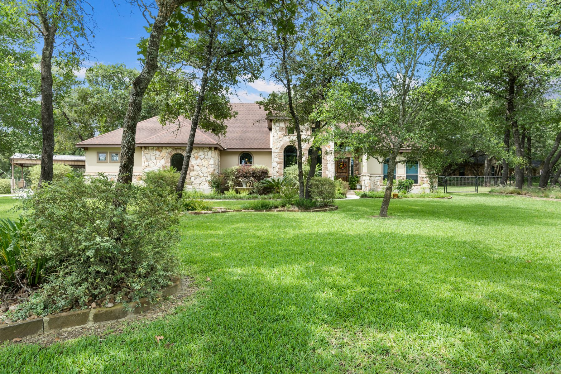 Single Family Homes for Sale at Custom Home With A Pool 129 Legacy View, La Vernia, Texas 78121 United States