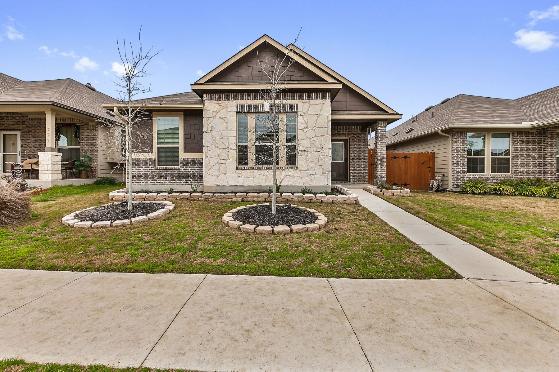 Single Family Homes for Sale at 353 South Brook Drive, Leander, TX 78641 353 South Brook Drive Leander, Texas 78641 United States