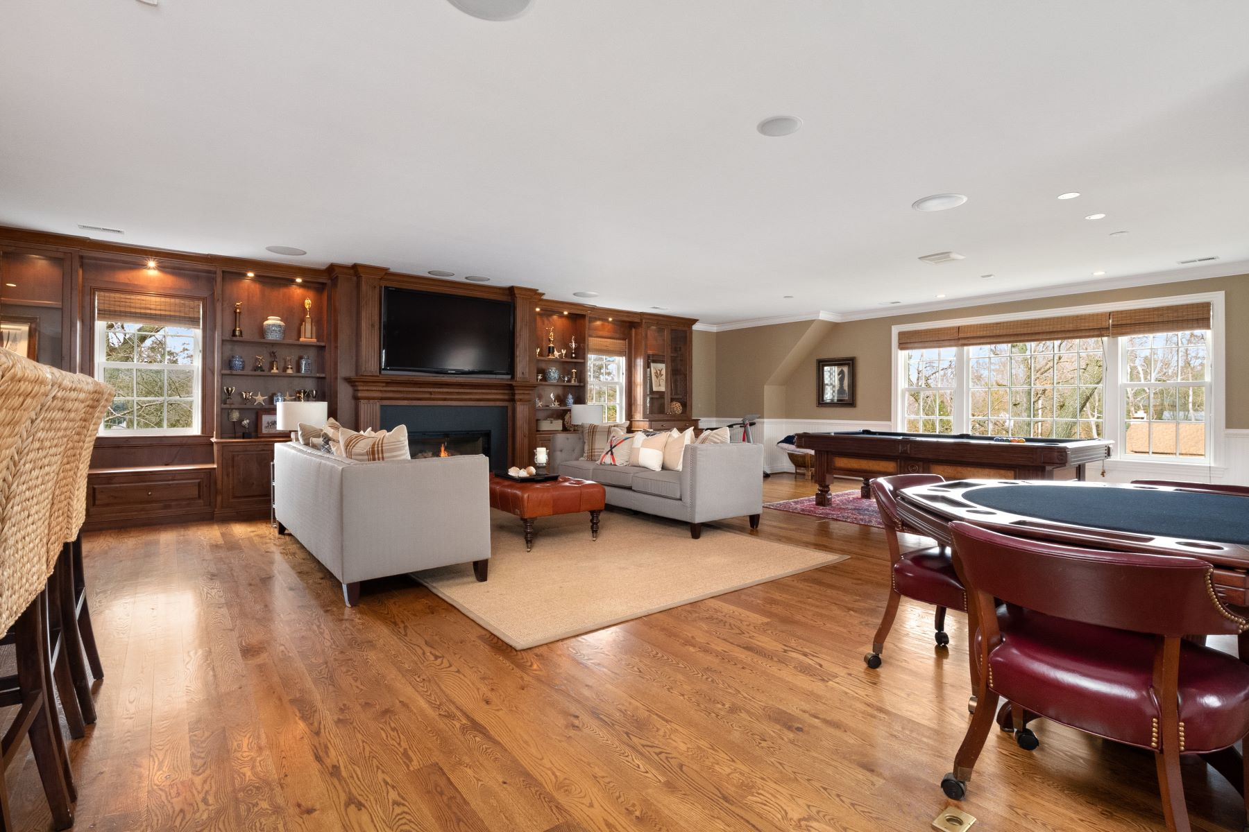Additional photo for property listing at Timeless. Classic. Sophisticated. 32 Clermont Lane Ladue, Missouri 63124 United States