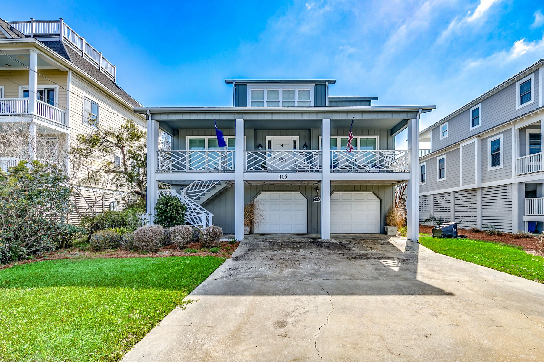 Single Family Homes for Sale at 415 Sportsman Dr., Pawleys Island, Sc, 29585 415 Sportsman Dr. Pawleys Island, South Carolina 29585 United States
