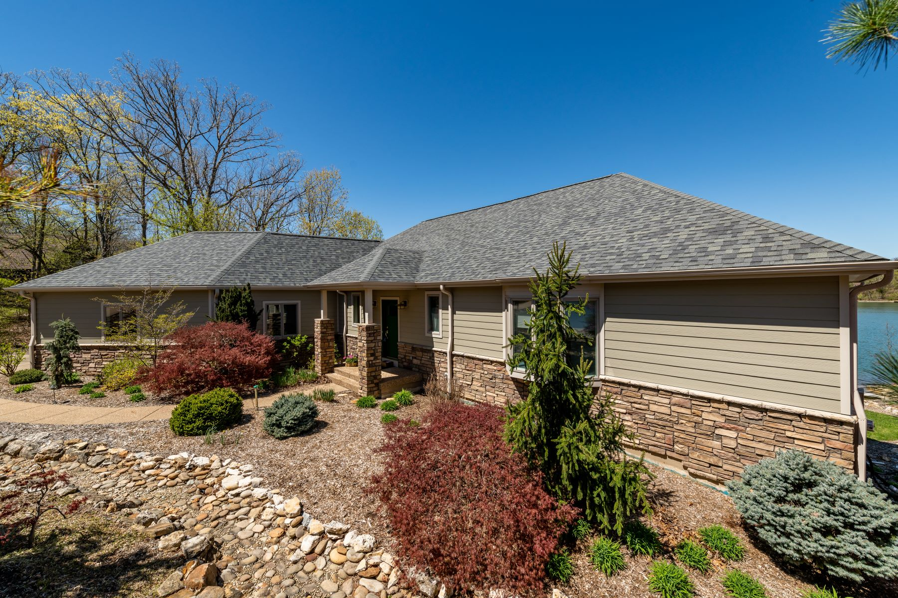 Single Family Home for Sale at Alpine Spur Dr 2342 Alpine Spur Dr Innsbrook, Missouri 63390 United States