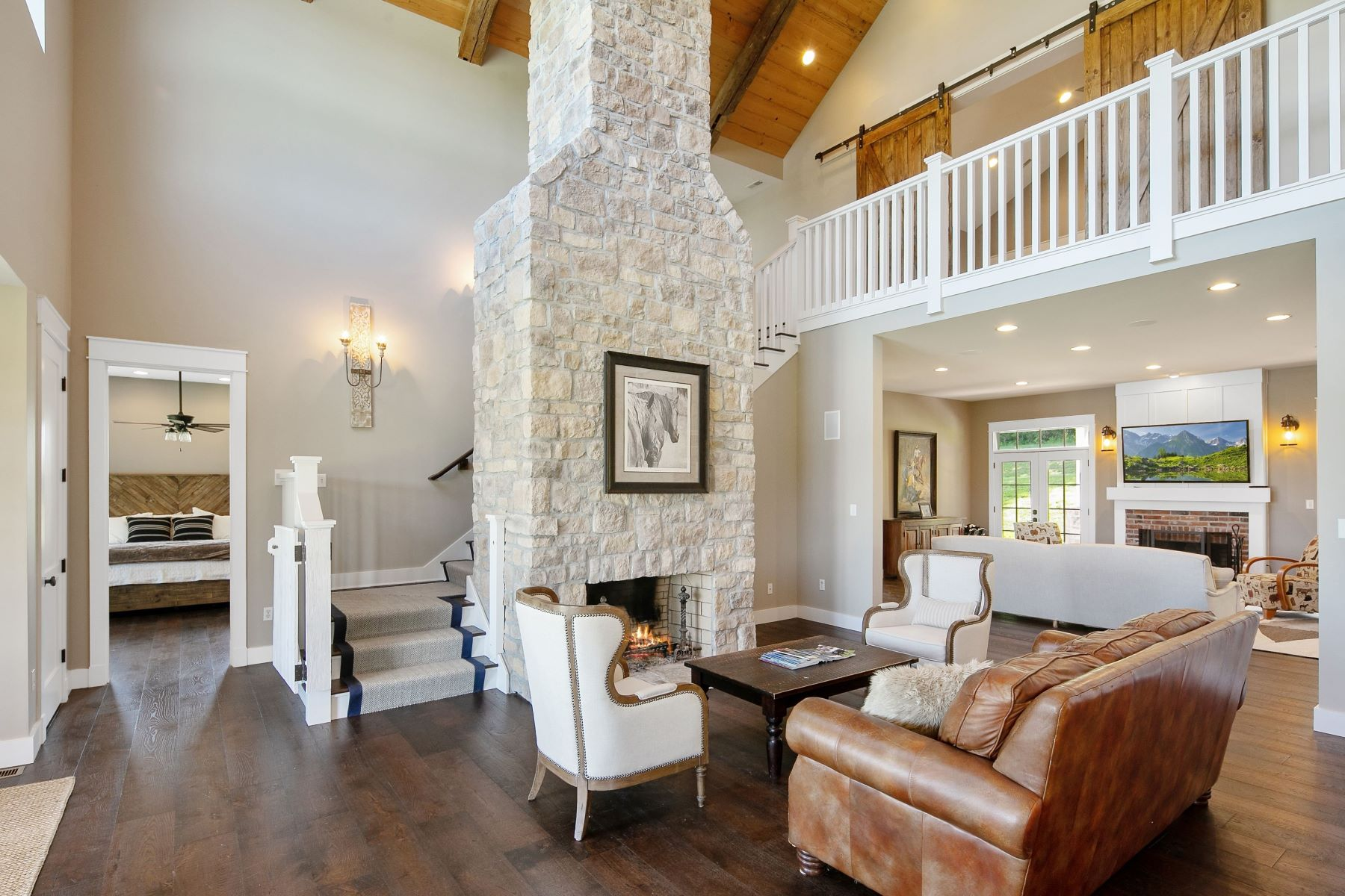 Additional photo for property listing at Luxurious Equestrian Estate on 14 Acres 96 High Trails Eureka, Missouri 63025 United States