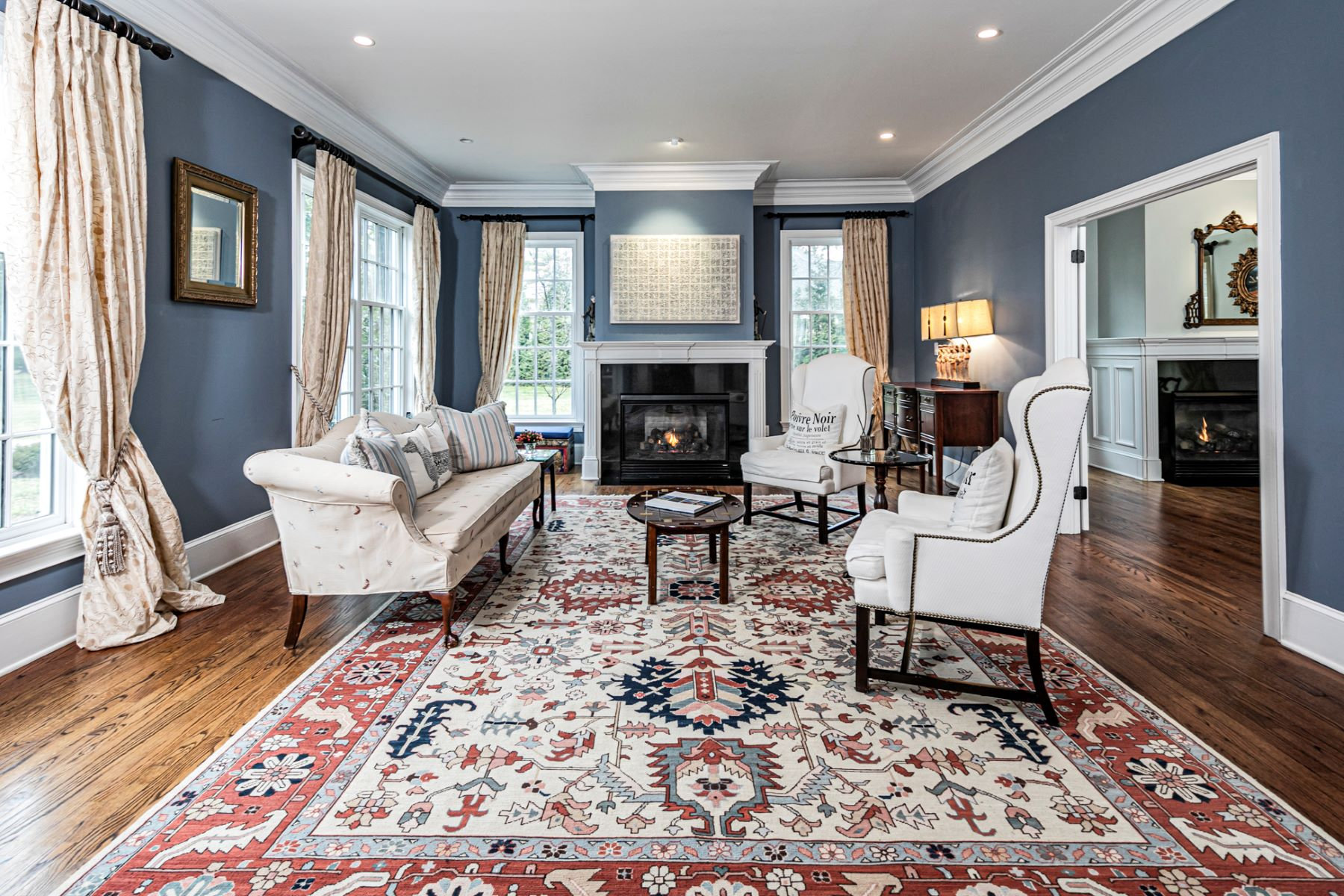 Additional photo for property listing at Classic Beauty with Sophisticated Finishes 47 Winfield Road, Princeton, New Jersey 08540 United States