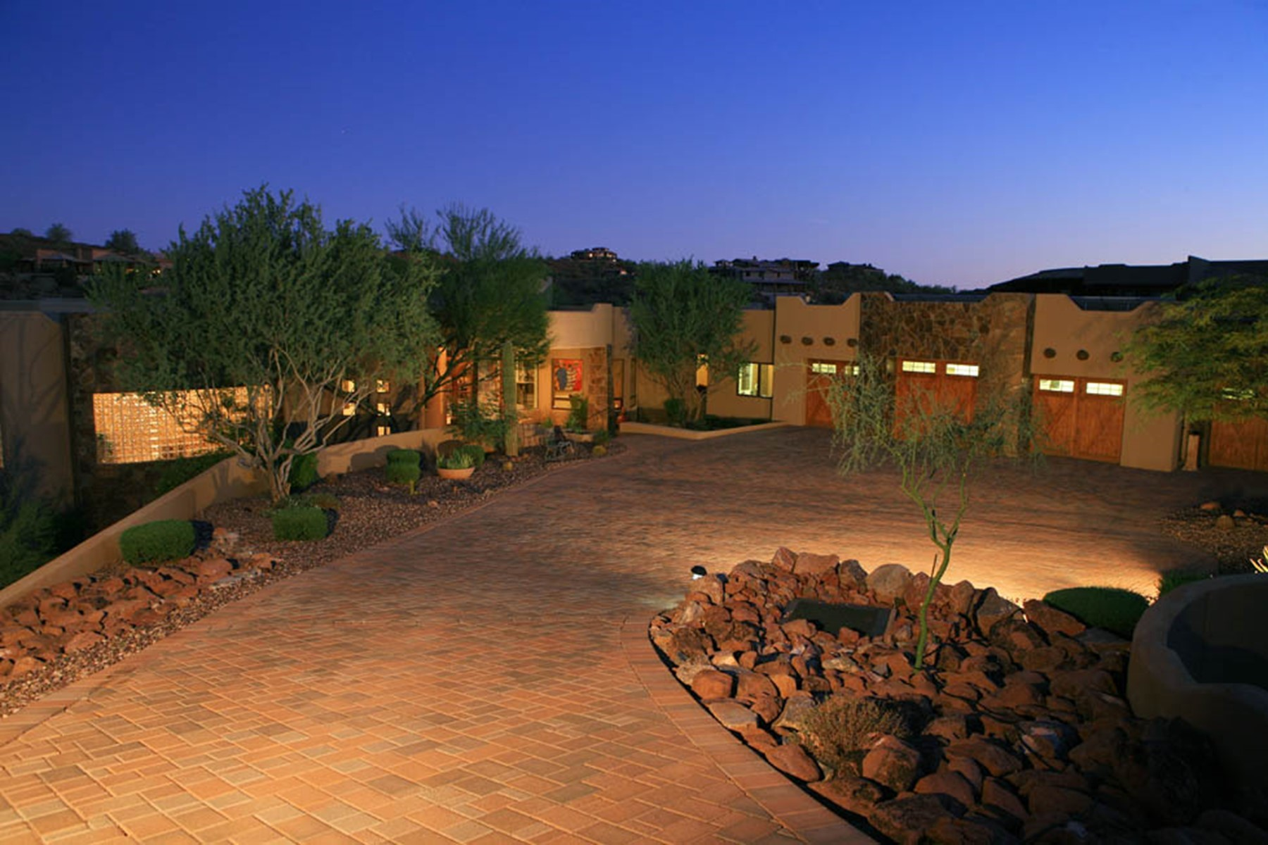 Single Family Homes for Active at FireRock Country Club 10021 N CANYON VIEW LN Fountain Hills, Arizona 85268 United States