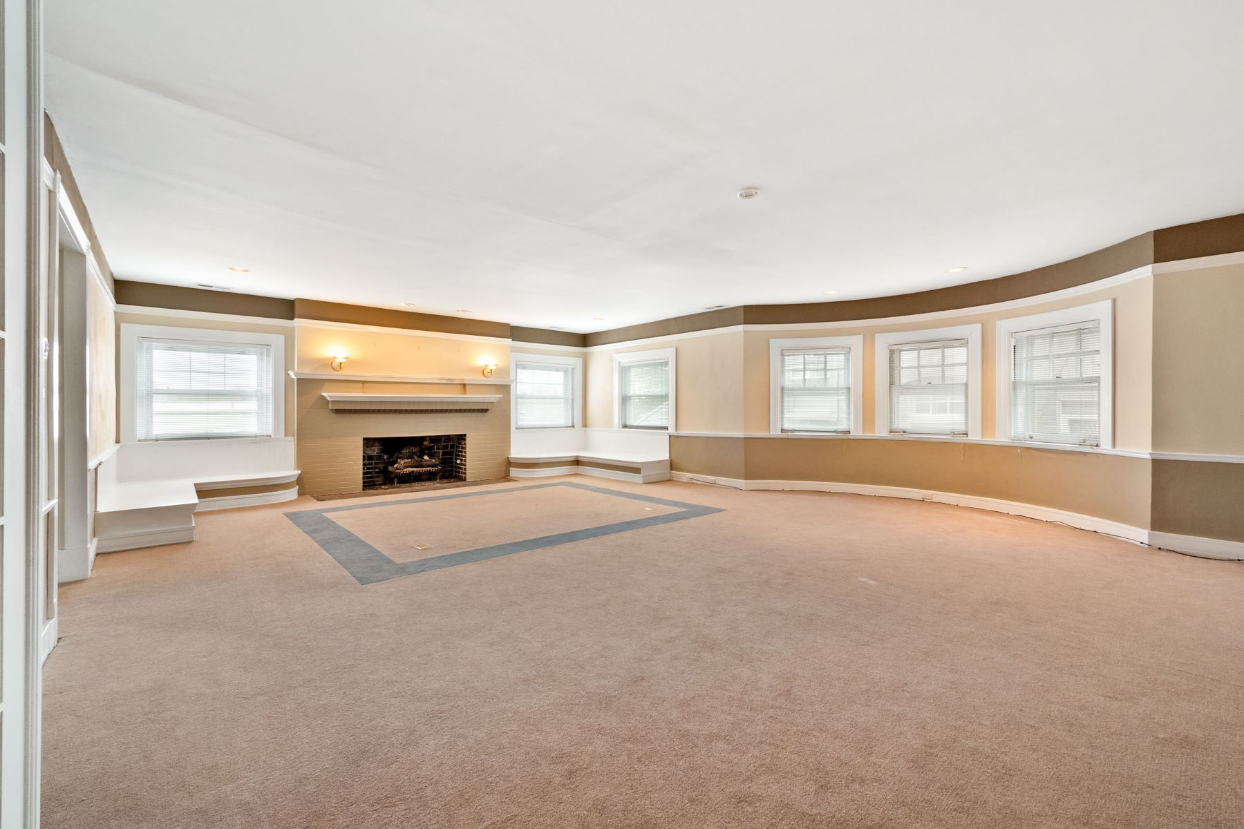 Additional photo for property listing at 4441 Westminster Place St. Louis, Missouri 63108 United States
