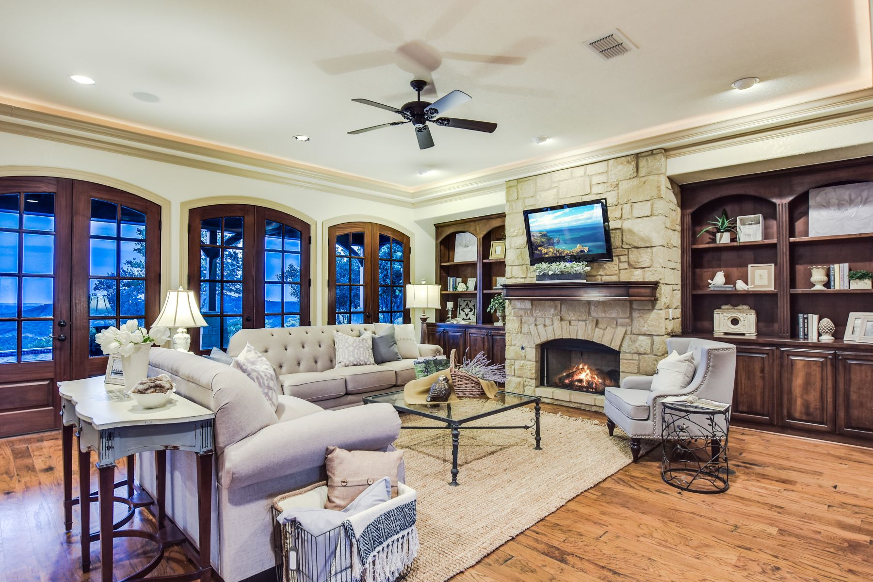 Additional photo for property listing at Panoramic View of the Hill Country 167 Estancia Ln Boerne, Texas 78006 United States