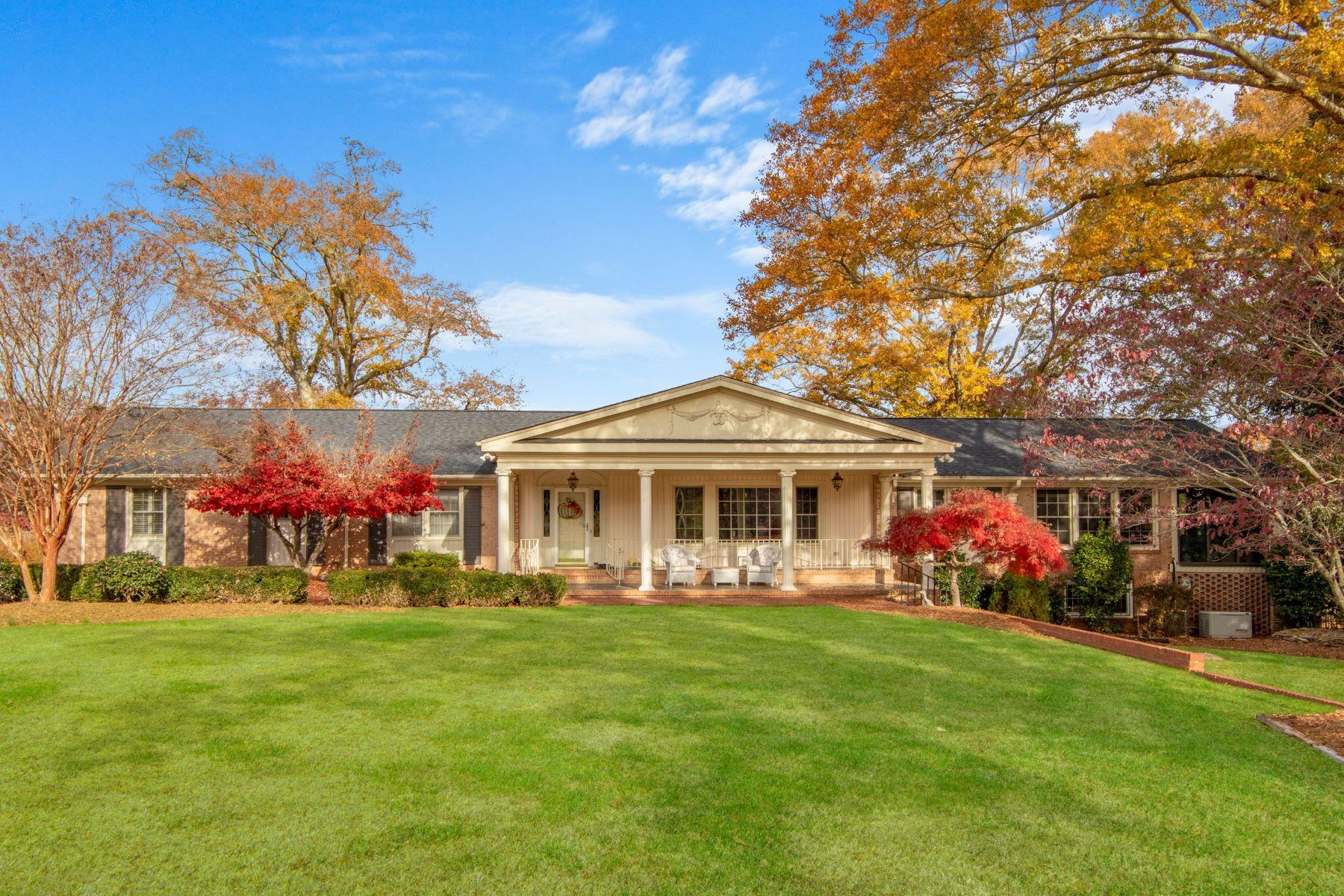 Single Family Homes 为 销售 在 500 Taylor Road, Greenville, SC 29607 500 Taylor Road 格林维尔, 南卡罗来纳 29607 美国