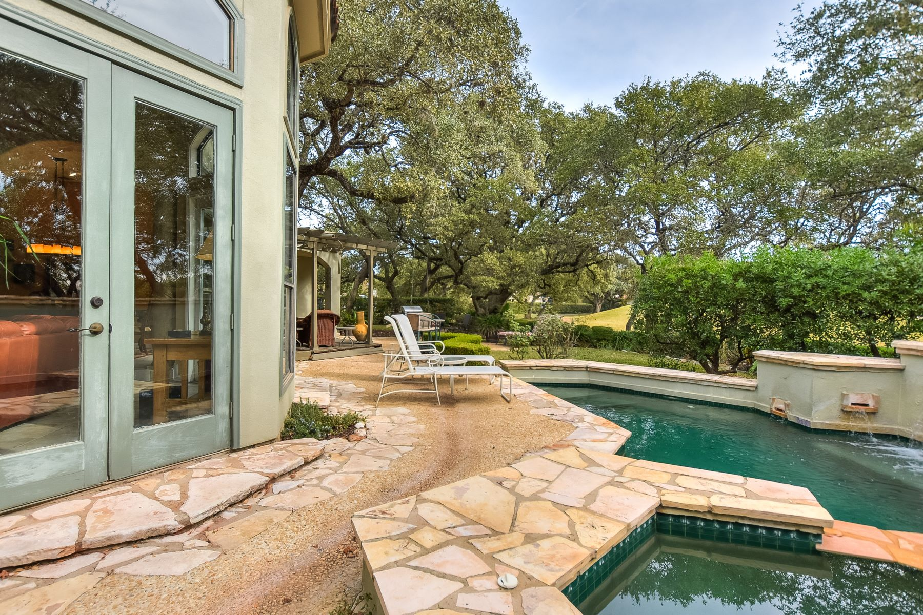 Additional photo for property listing at Stunning Sonterra Golf Course Home 19158 Kristen Way San Antonio, Texas 78258 United States
