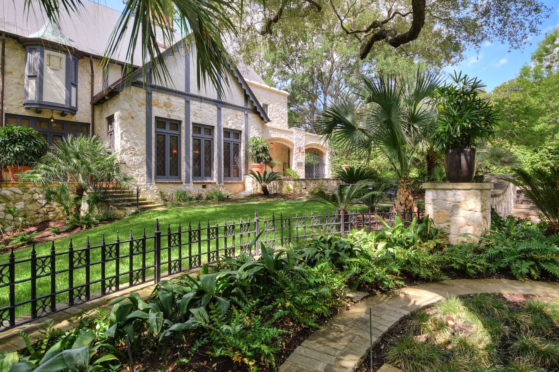 Single Family Homes for Sale at Upper Olmos Park Masterpiece which Captures a Moment in Time 306 East Hermosa Drive, Olmos Park, Texas 78212 United States