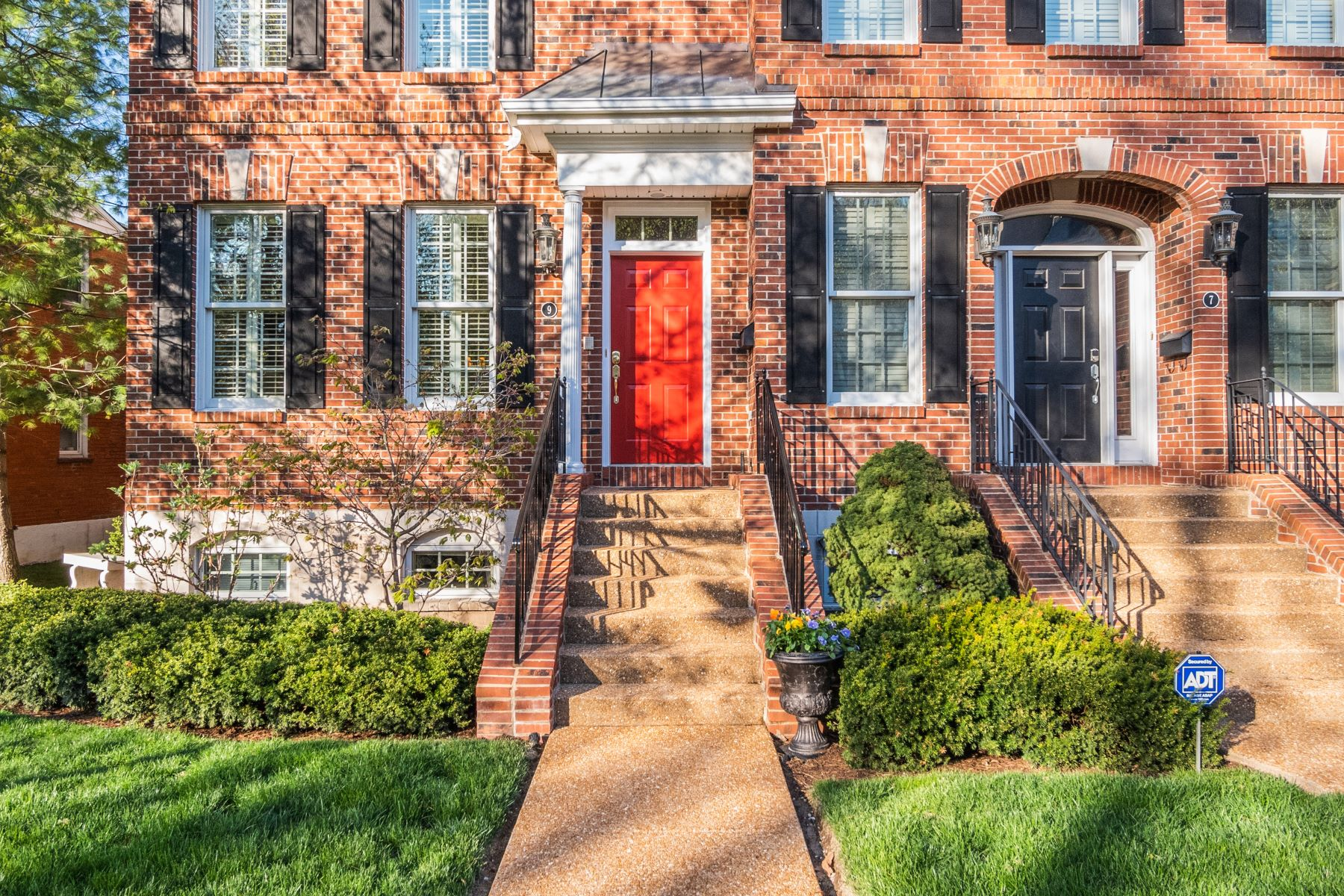 Condominium for Sale at Townhome Living In the Heart of Clayton 9 Brighton Way Clayton, Missouri 63105 United States