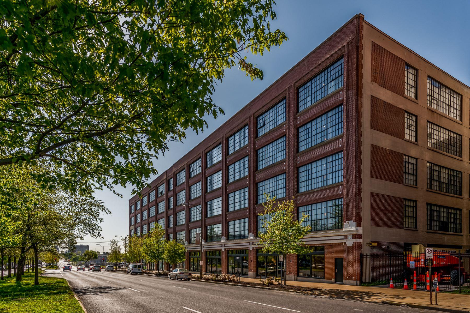 Property for Sale at West End Lofts #323 4100 Forest Park Avenue #323 St. Louis, Missouri 63108 United States