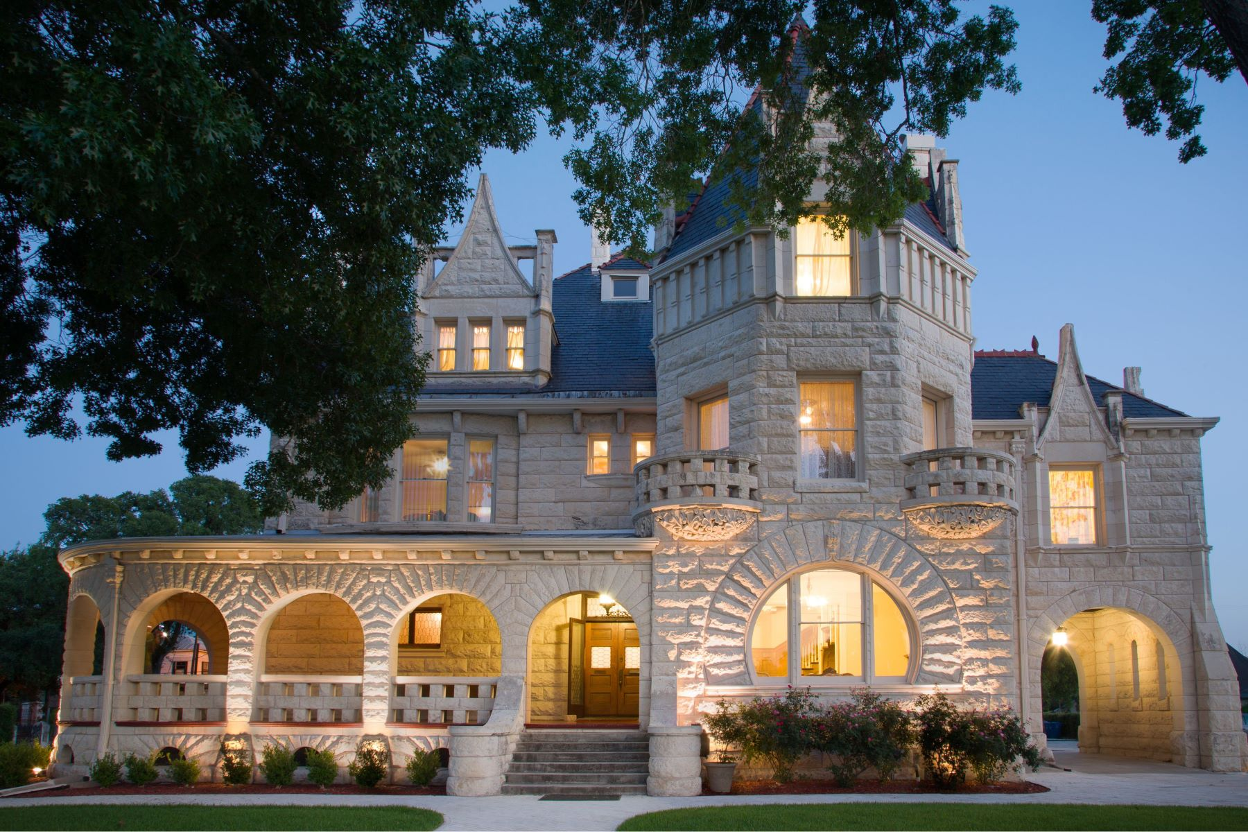 Single Family Homes for Sale at Historical Texas Castle 950 East Grayson Street San Antonio, Texas 78208 United States