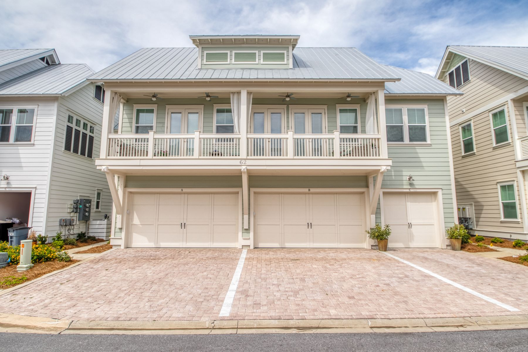 single family homes for Active at Turn-key Furnished Townhome in Prominence Near the Coast 62 Dune Comet Lane C Inlet Beach, Florida 32461 United States