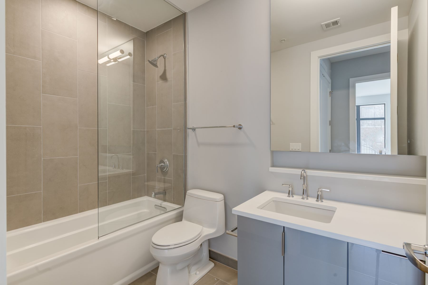 Additional photo for property listing at 4101 Laclede 4101 Laclede Ave # 312 St. Louis, Missouri 63108 United States