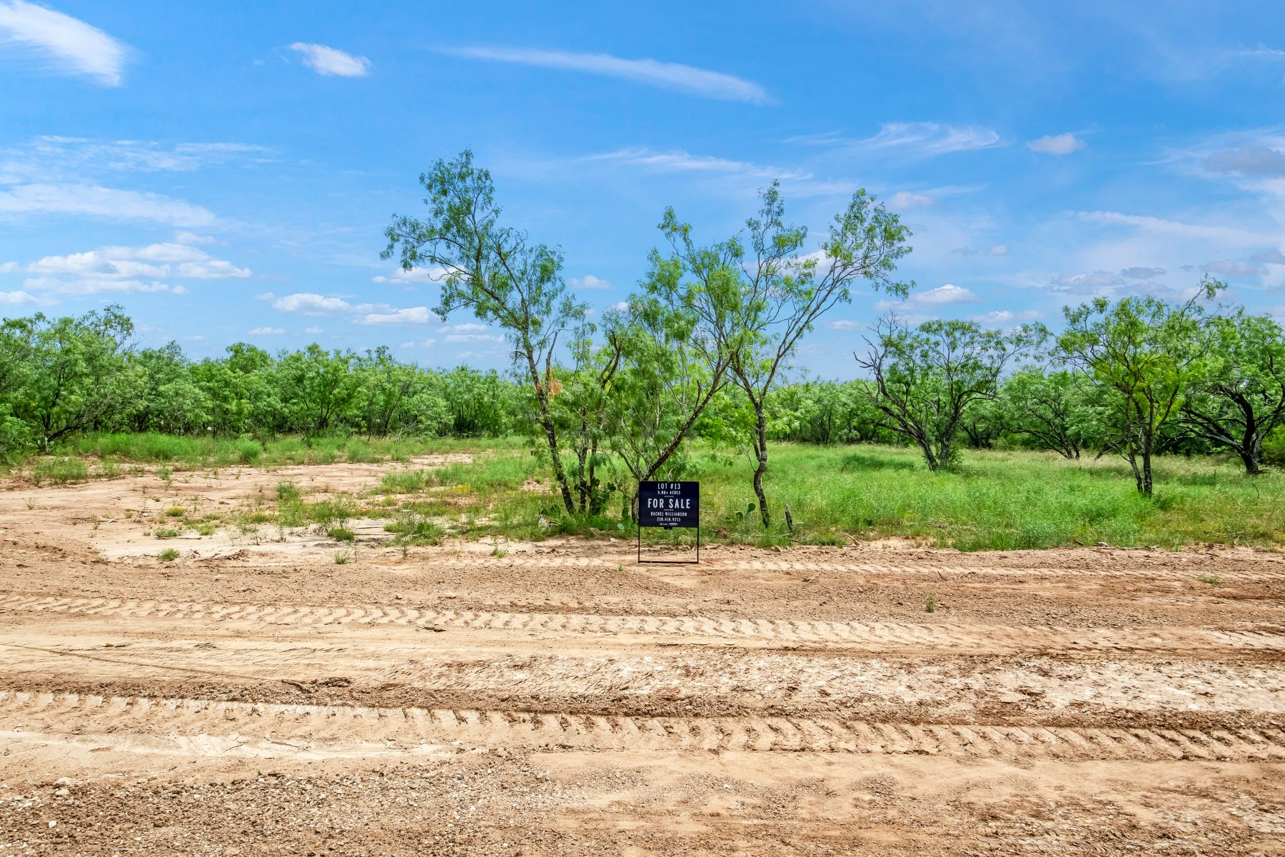 Land for Sale at New Development in a Supreme Location 14662 Silesia Drive Lot 13 St. Hedwig, Texas 78152 United States