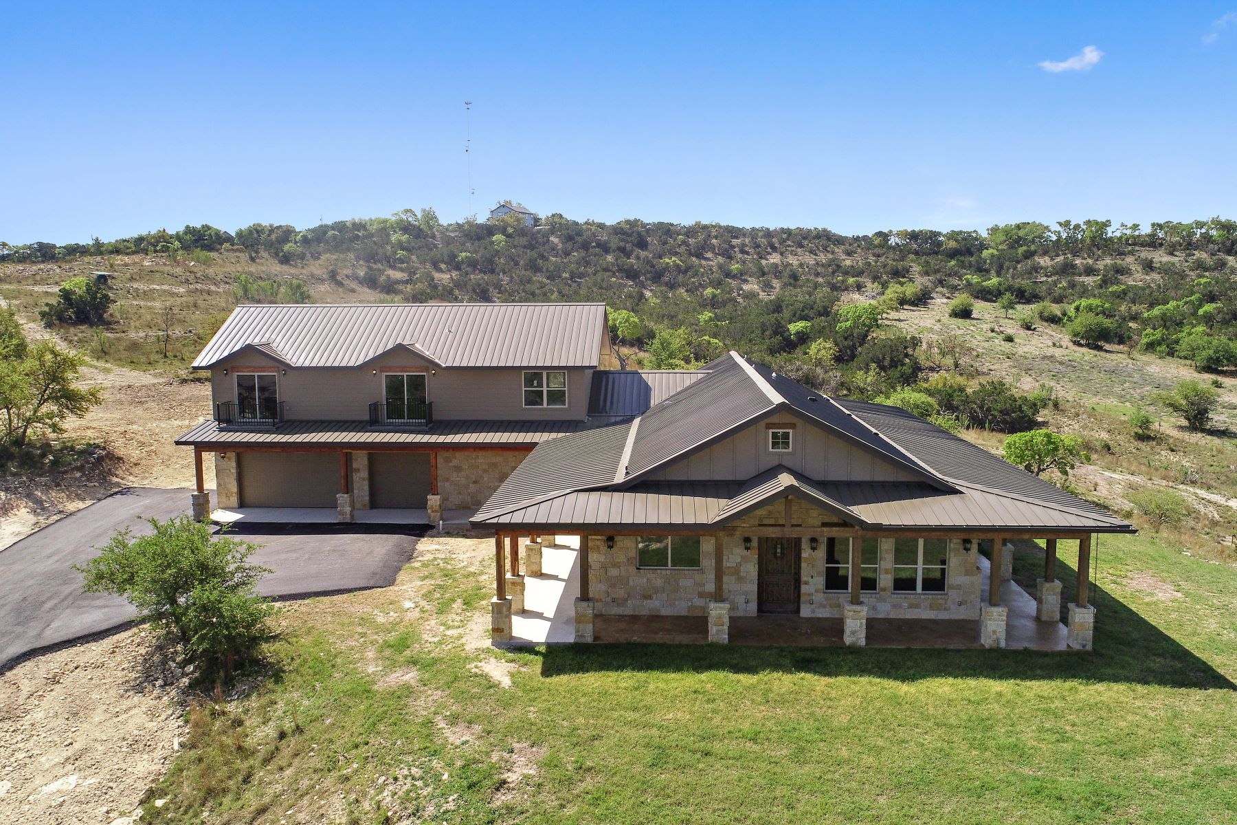 Vivienda unifamiliar por un Venta en 23 Acre Hill Country Estate 11235 Grand Summit Boulevard Dripping Springs, Texas 78620 Estados Unidos