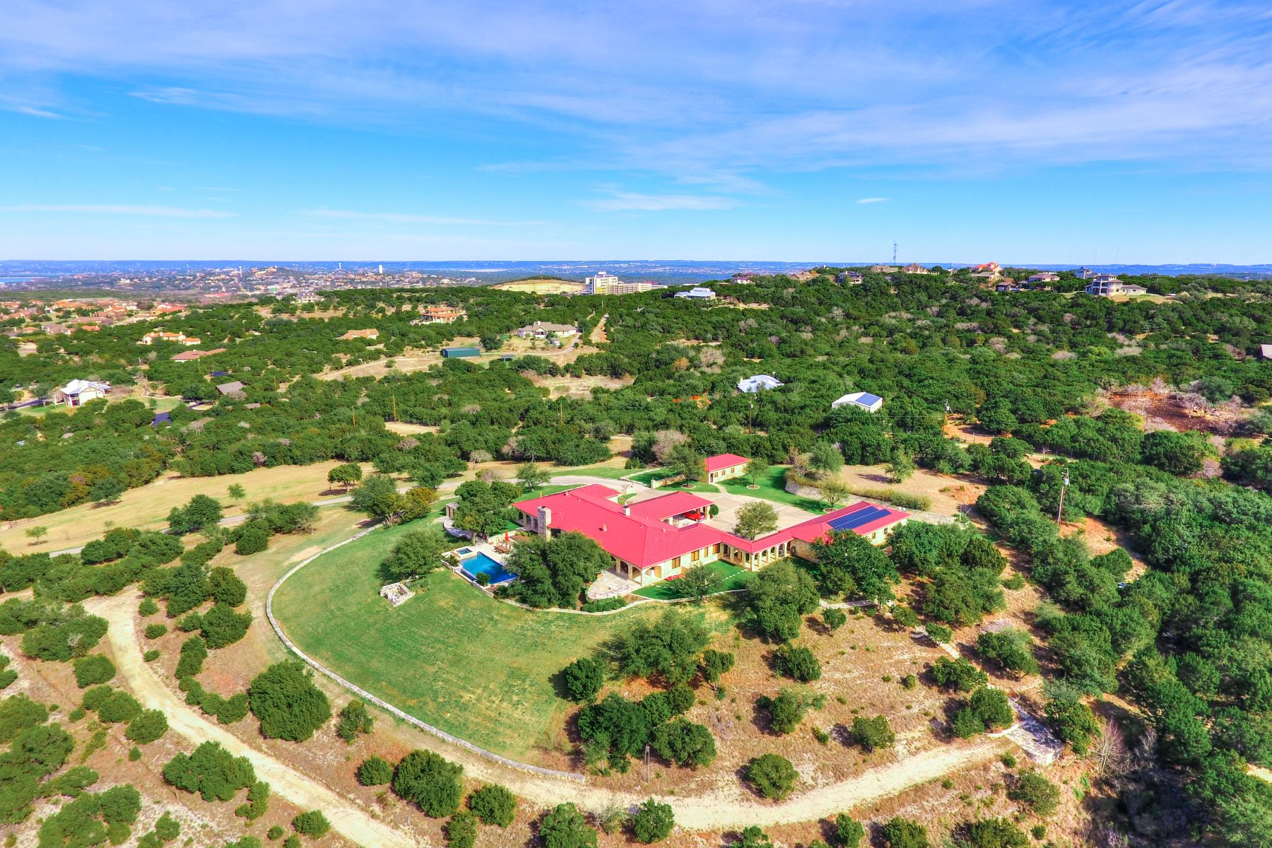 Granjas / Hacienda / Platanción por un Venta en Exceptional Equestrian Ranch on 135 Acres 16177 Flintrock Road Austin, Texas 78738 Estados Unidos