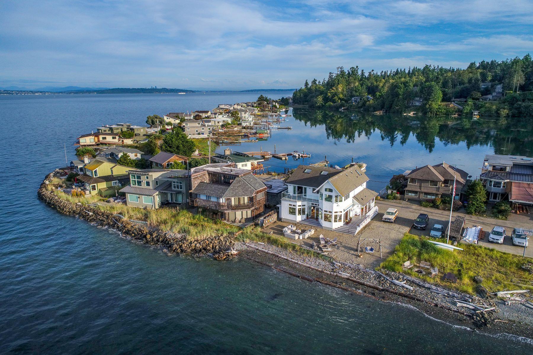Single Family Homes for Sale at 15712 Point Monroe Drive NE, Bainbridge Island, WA 98110 15712 Point Monroe Drive NE Bainbridge Island, Washington 98110 United States