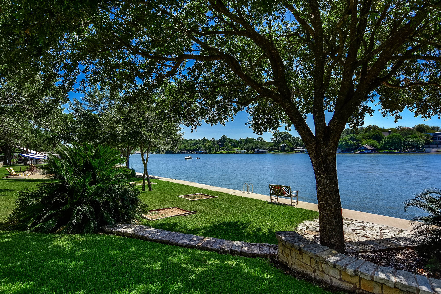 Additional photo for property listing at Lake LBJ Family Compound of 3 Lake Houses on 722' of Waterfront 814 Sunrise Ln Sunrise Beach, Texas 78643 United States