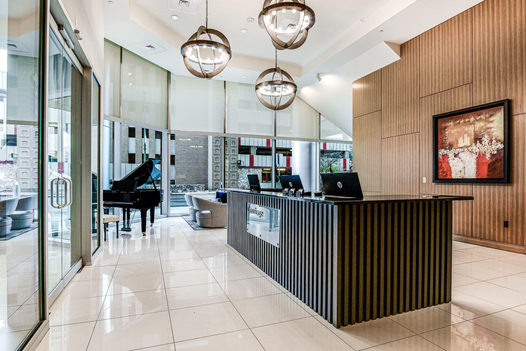 Condominiums 为 销售 在 Rare Opportunity at Alteza 600 East Market Street #3114 圣安东尼奥, 得克萨斯州 78205 美国