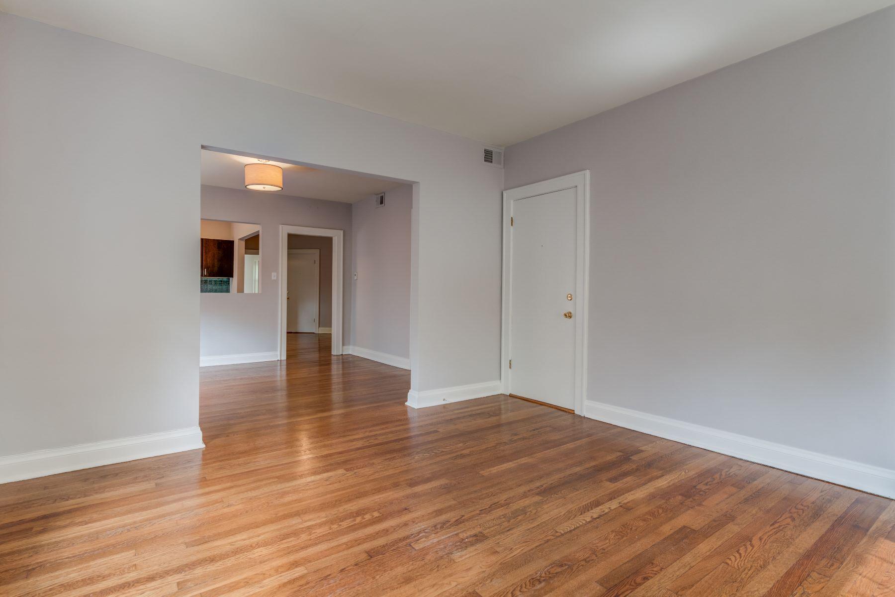 Additional photo for property listing at Clayton Investment Property 905 Concordia Lane Clayton, Missouri 63105 United States
