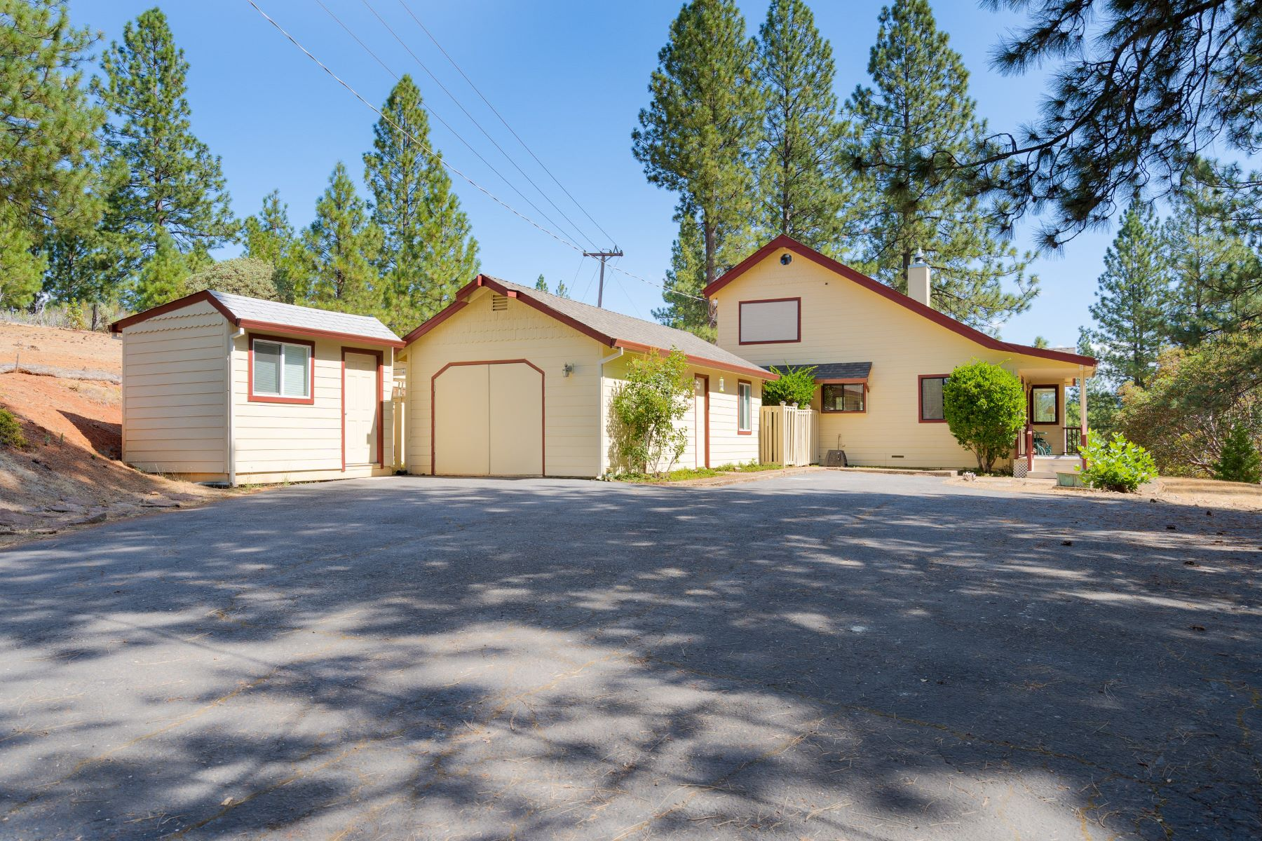 Single Family Homes for Sale at Charming Cabin Located on just over 2 1/2 Acres 15167 Pine Grove Volcano Road Pine Grove, California 95665 United States