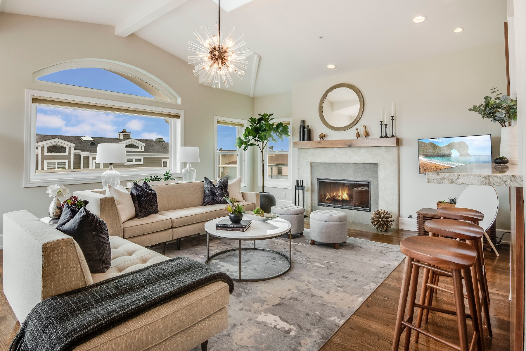townhouses for Active at 305 3rd Street, Manhattan Beach, CA 90266 305 3rd Street Manhattan Beach, California 90266 United States
