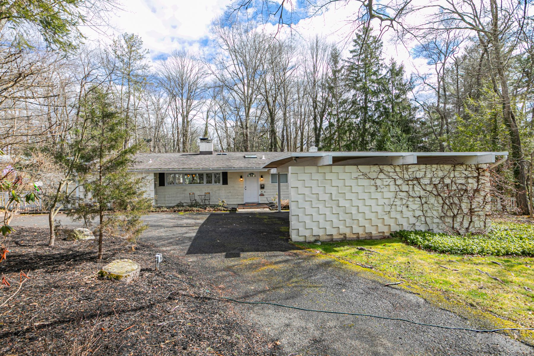Single Family Homes for Sale at Renovated Princeton Mid-Century Modern 16 Westerly Road, Princeton, New Jersey 08540 United States