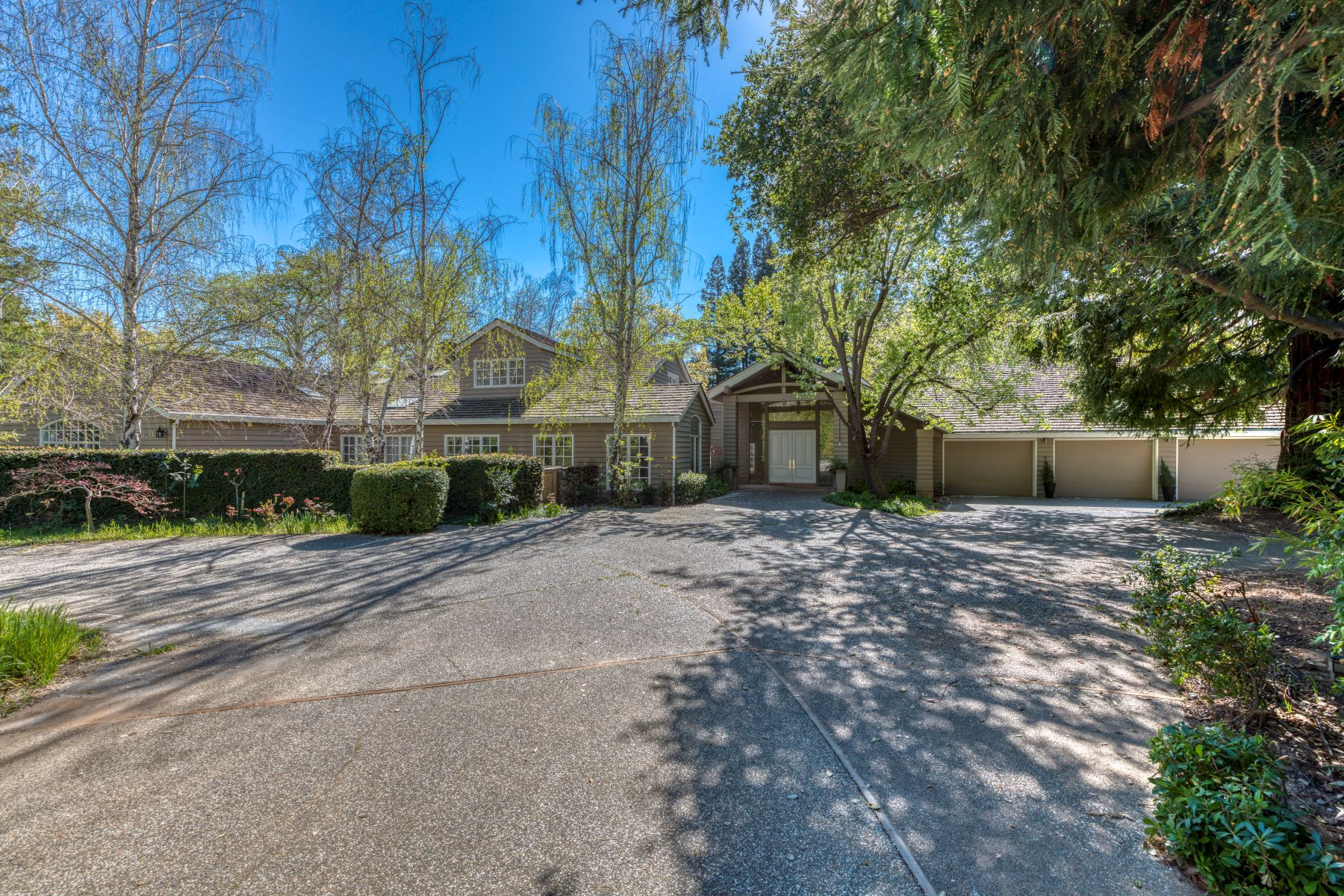 Single Family Homes for Active at 1121 Mariemont Avenue, Sacramento, CA 95864 1121 Mariemont Avenue Sacramento, California 95864 United States