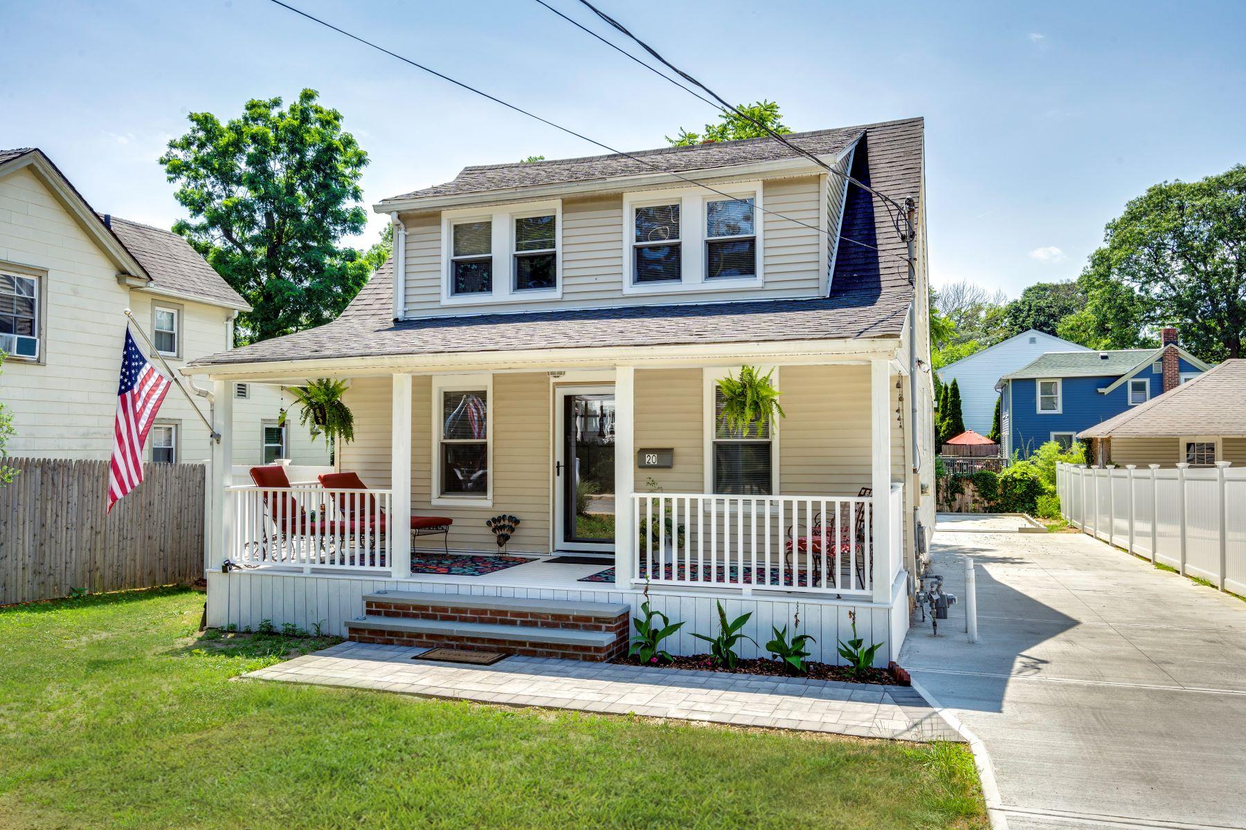 Single Family Homes 為 出售 在 20 Perry Avenue, Bayville, Ny, 11709 Bayville, 纽约 11709 美國