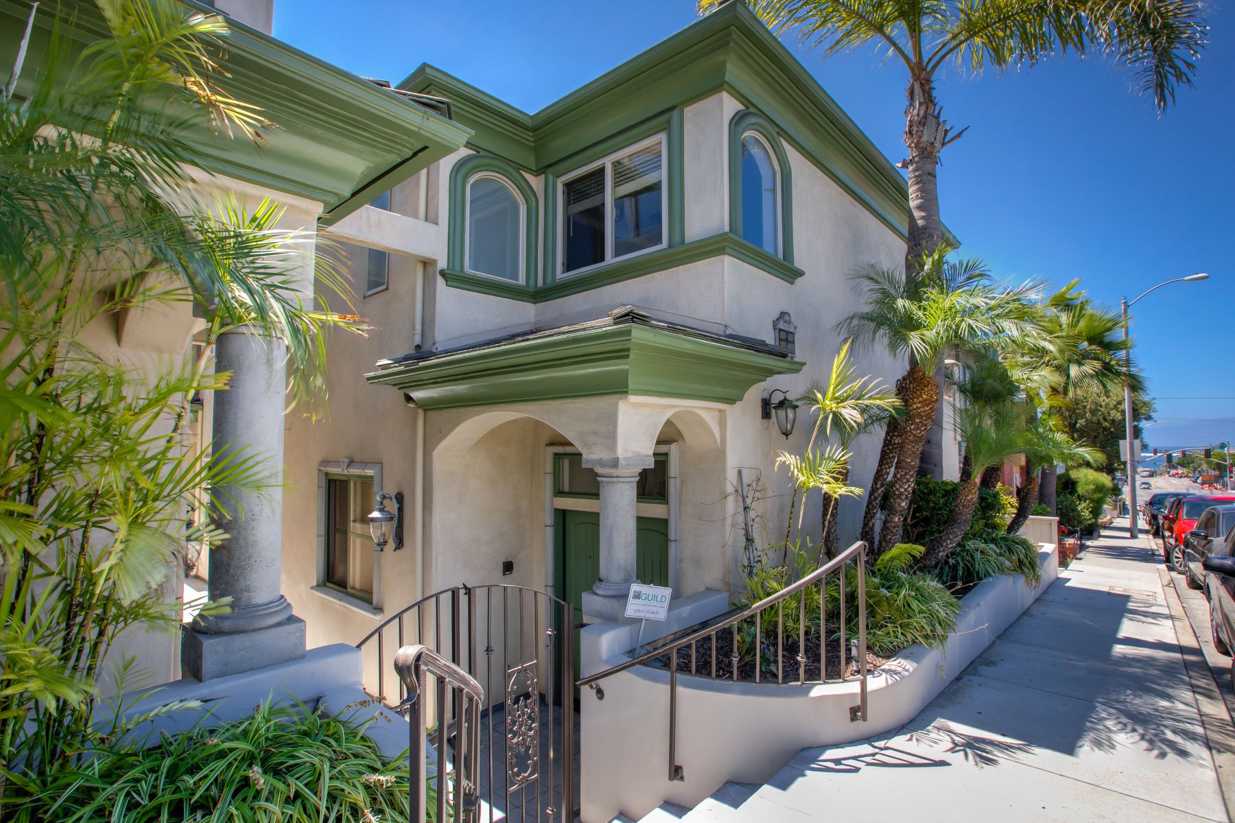 townhouses for Active at 612 Manhattan Beach Boulevard, Manhattan Beach, CA 90266 612 Manhattan Beach Boulevard Manhattan Beach, California 90266 United States