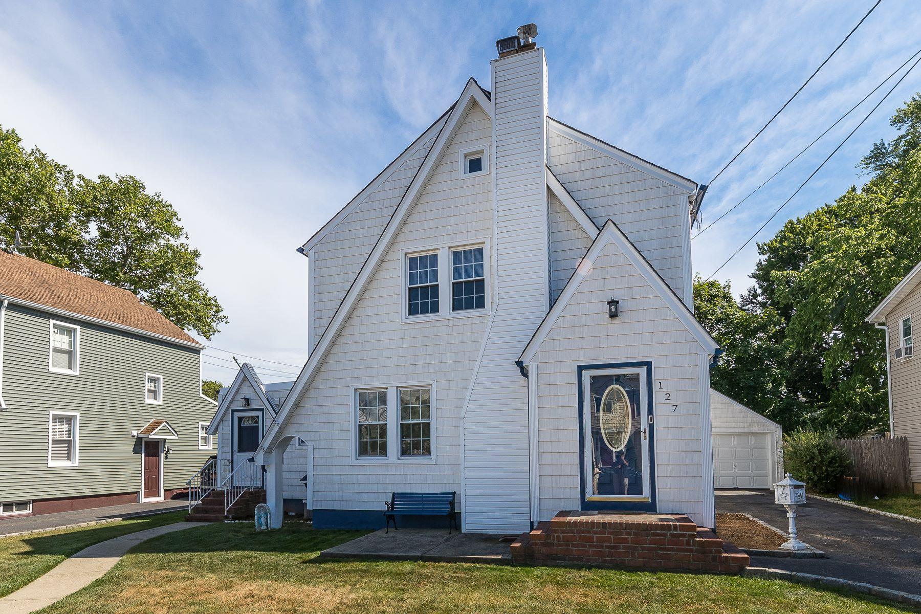 Single Family Homes 為 出售 在 127 Wilson Street, E. Rockaway, Ny, 11518 East Rockaway, 纽约 11518 美國