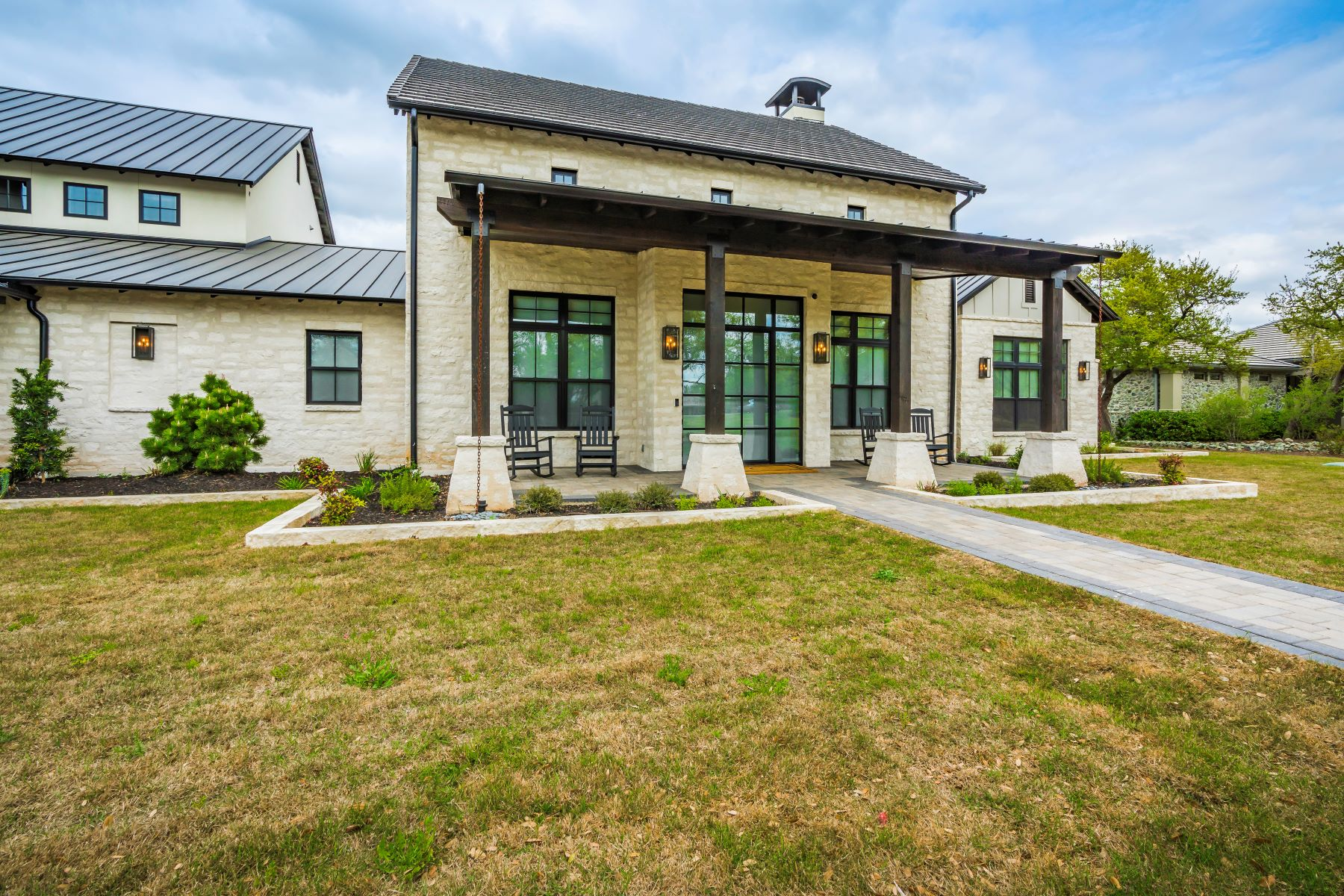 Single Family Homes for Active at 1805 Poco Bueno Court, Spicewood, TX 78669 1805 Poco Bueno Court Spicewood, Texas 78669 United States