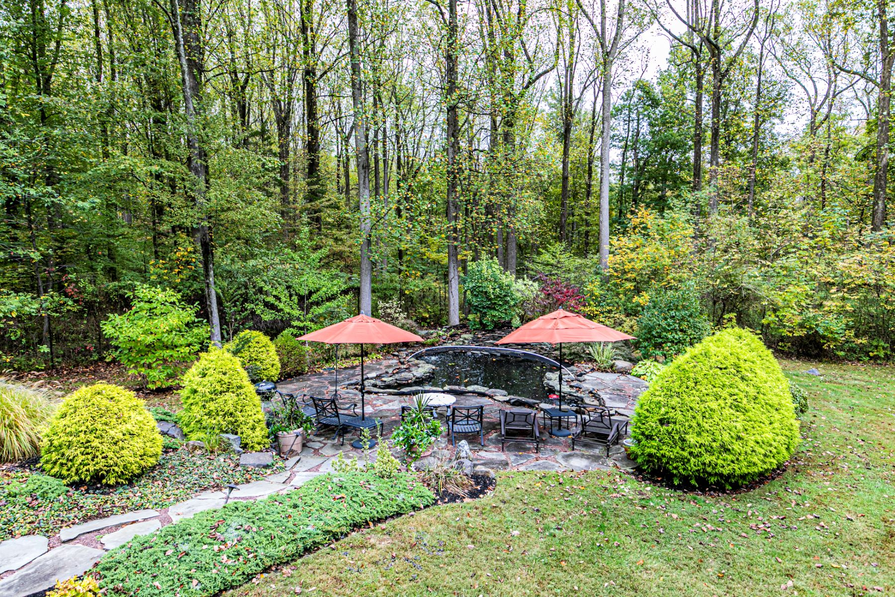 Additional photo for property listing at Exquisite Home And Grounds 115 Mountain Road, Ringoes, New Jersey 08551 United States