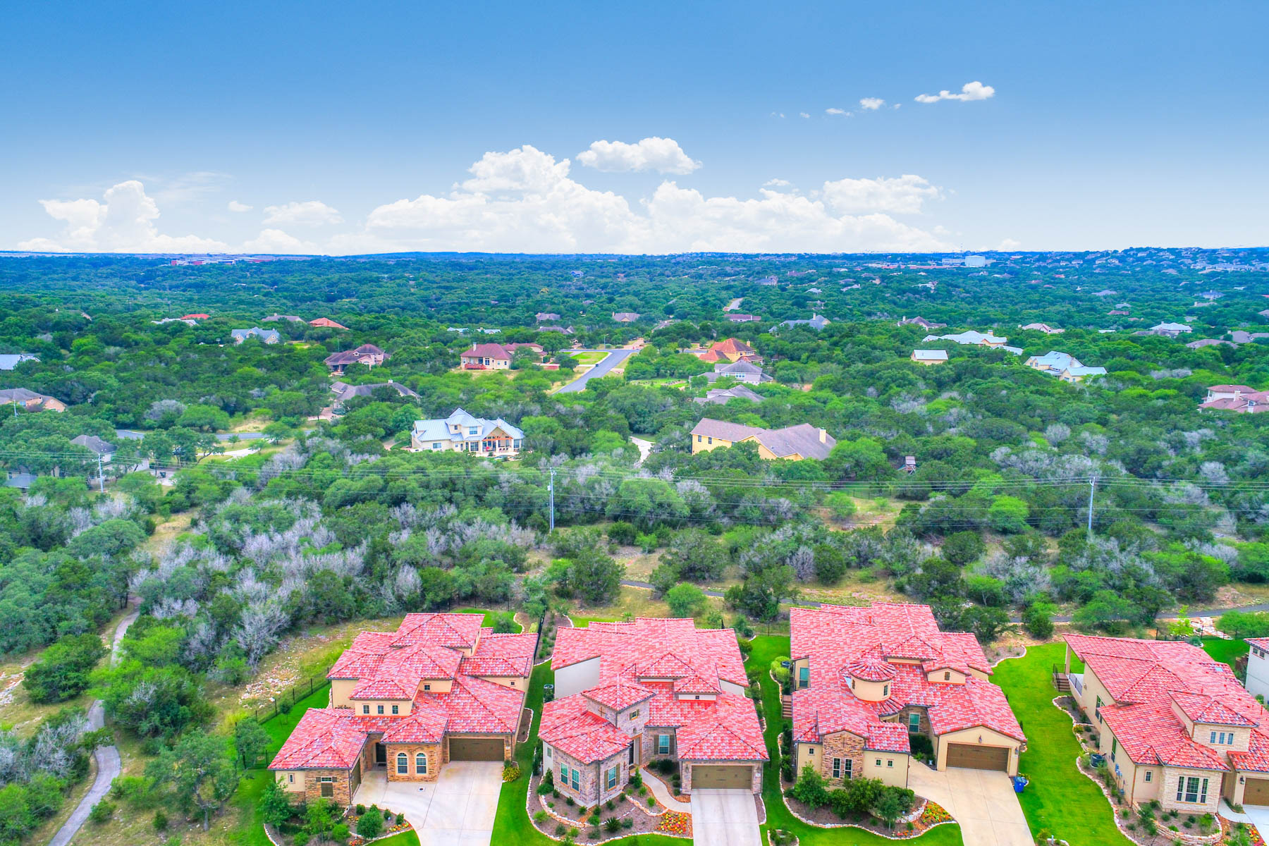 Additional photo for property listing at Exceptional Home in a Tranquil Setting 22827 Estacado San Antonio, Texas 78261 United States
