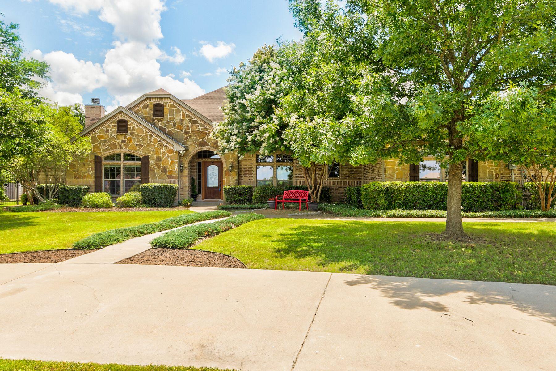 Single Family Homes for Sale at Gorgeous Home in Aledo ISD 119 Silver Ridge Lane Aledo, Texas 76008 United States