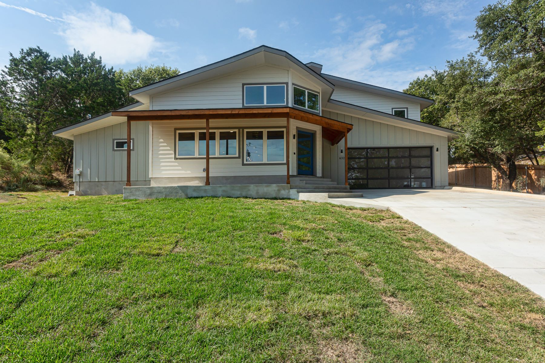 Single Family Homes for Sale at 632 Galston, Briarcliff, TX 78669 632 Galston Drive Briarcliff, Texas 78669 United States