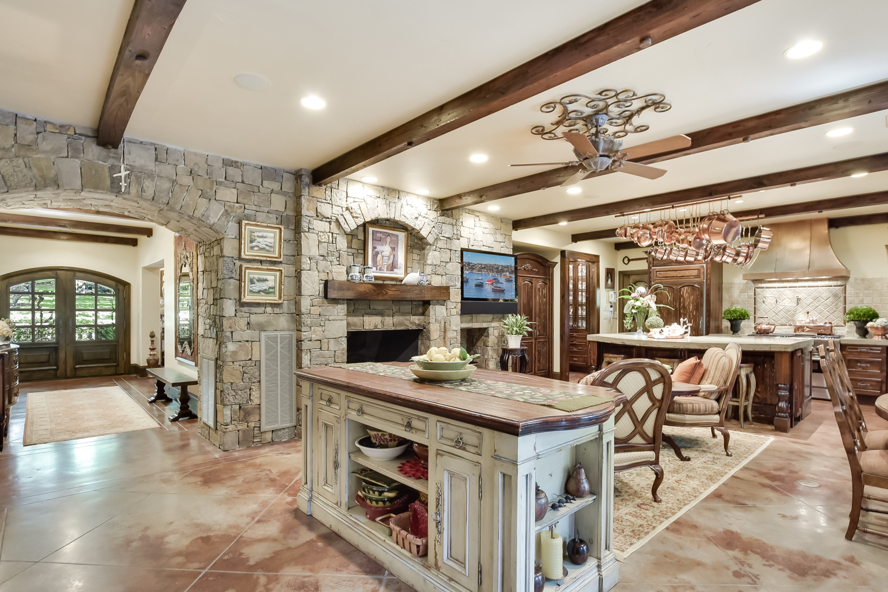 Additional photo for property listing at Breathtaking Estate in Orsinger Lane 11 Orsinger Hill San Antonio, Texas 78230 United States