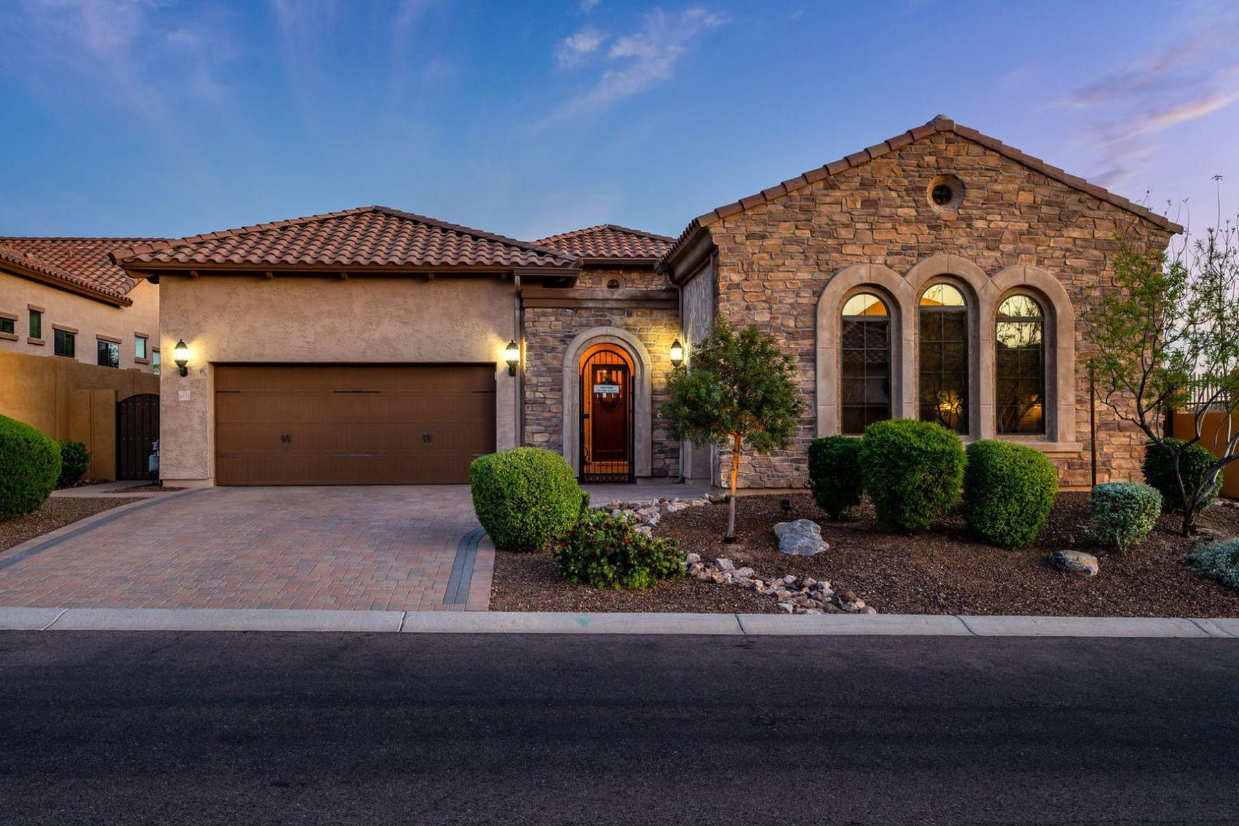 Single Family Homes 용 매매 에 Mountain Bridge 8535 E Lockwood St, Mesa, 아리조나 85207 미국