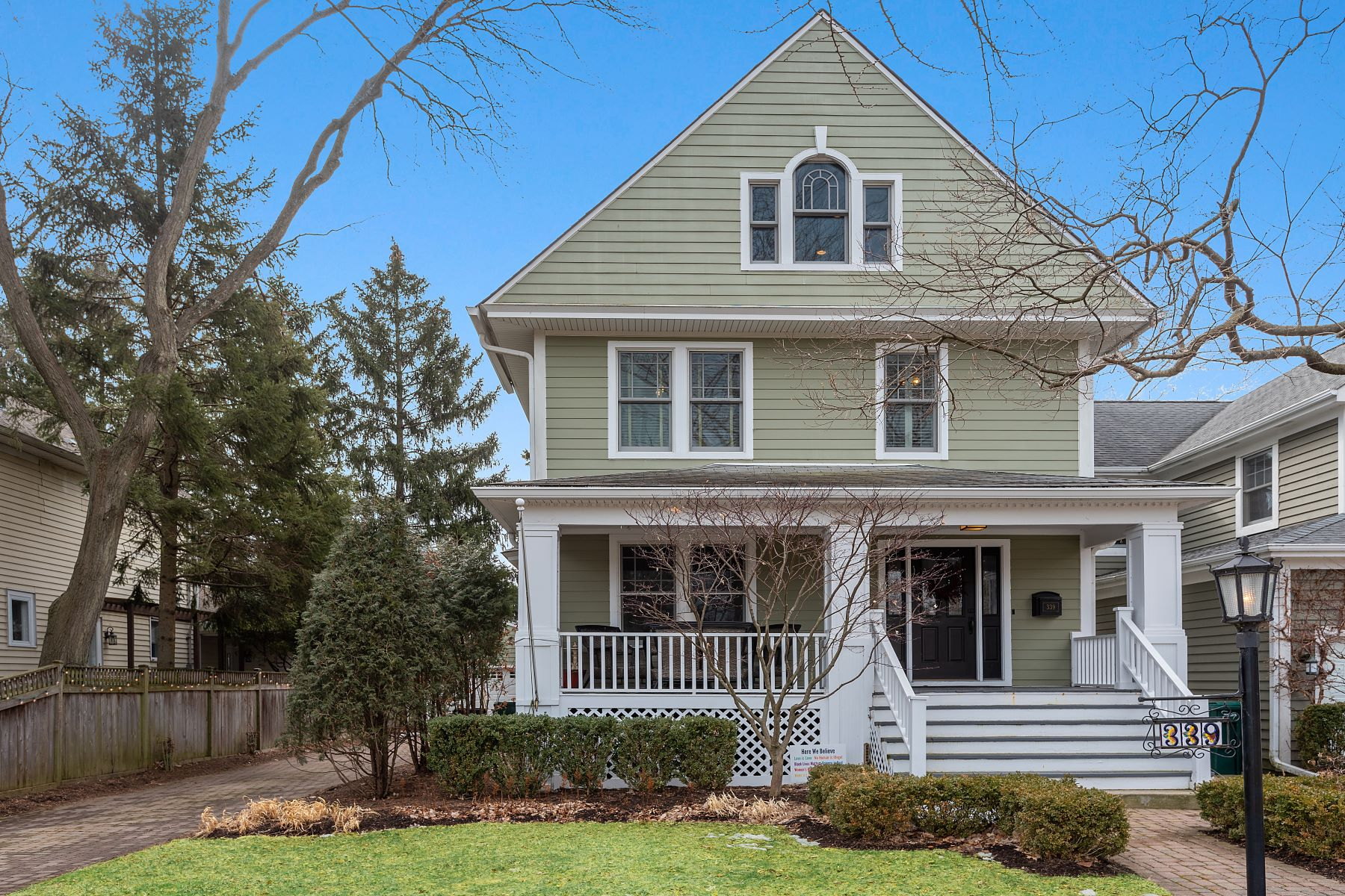 Single Family Homes for Active at Renovated Victorian 339 Maple Avenue Wilmette, Illinois 60091 United States
