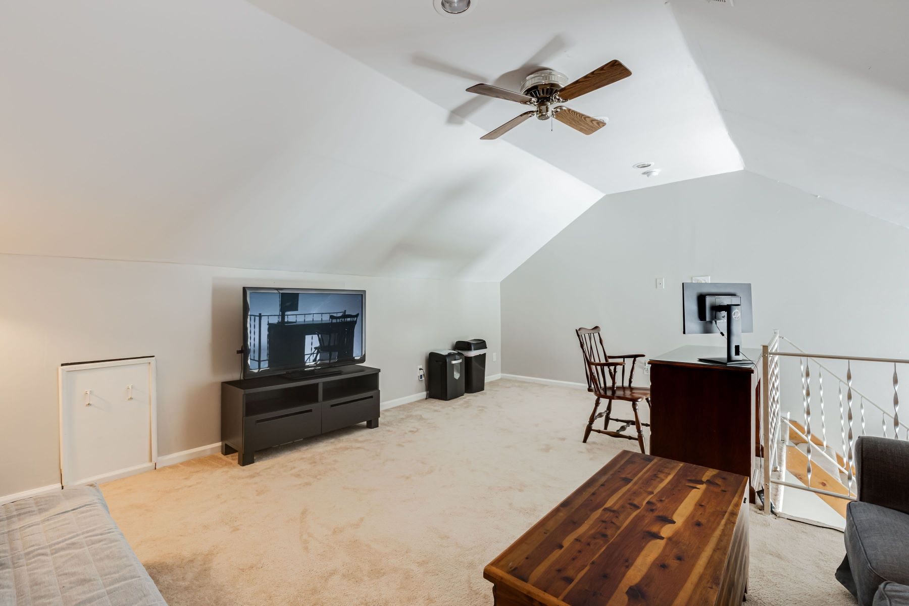 Additional photo for property listing at 9920 Whitney Circle, Henrico, VA 23233 9920 Whitney Circle Henrico, Virginia 23233 United States