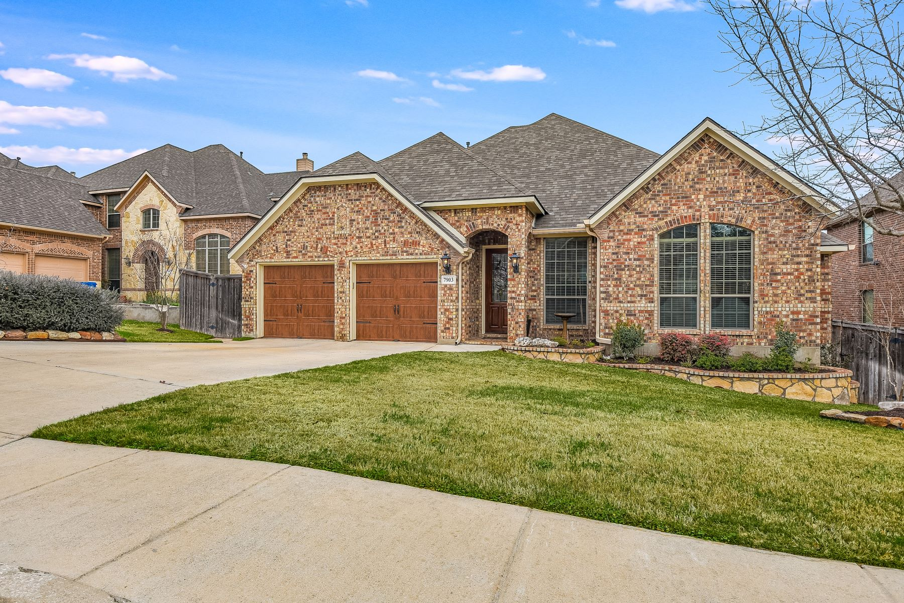 Single Family Homes for Sale at Immaculate One Story Home 7903 Hermosa Hill San Antonio, Texas 78256 United States