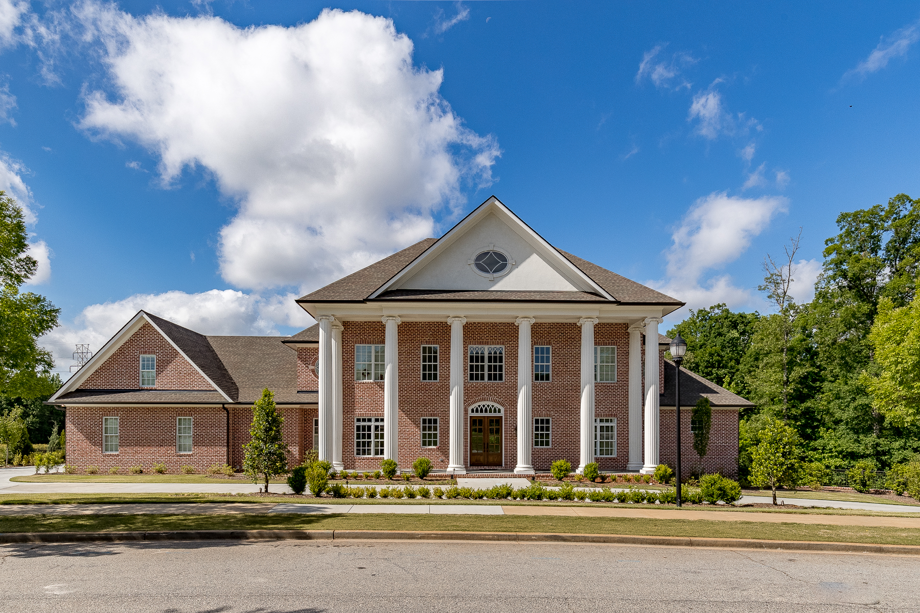 Single Family Homes for Sale at Stunning, brand new custom build by J. Francis Builders! 112 Welling Circle Greenville, South Carolina 29607 United States