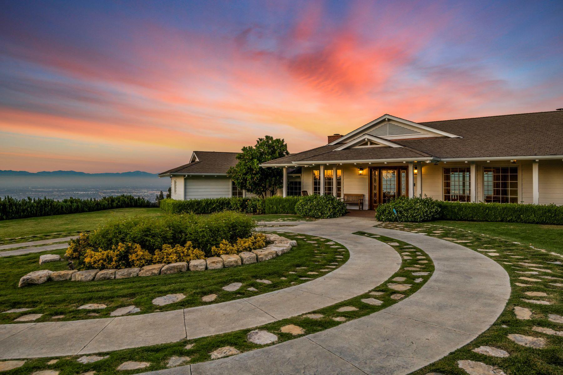 Single Family Homes para Venda às 60 Eastfield Drive, Rolling Hills, CA 90274 Rolling Hills, Califórnia 90274 Estados Unidos