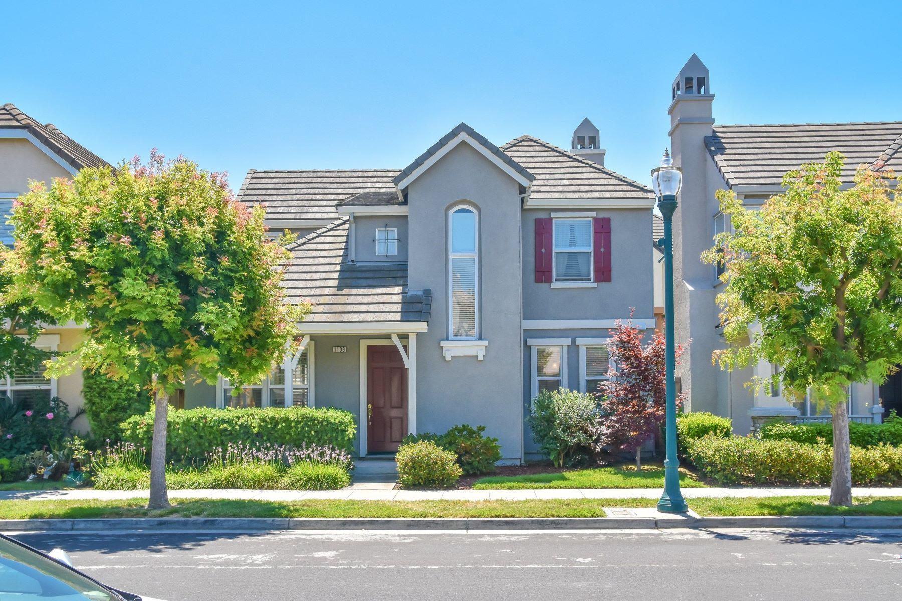 Single Family Homes 为 销售 在 1108 Wayne Way, San Mateo, CA 94403 1108 Wayne Way 圣马特奥市, 加利福尼亚州 94403 美国