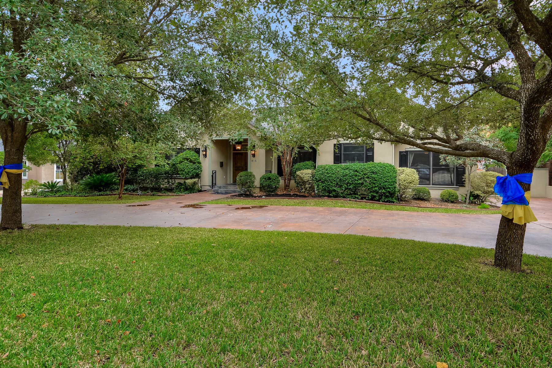 Additional photo for property listing at 816 Garraty Road, San Antonio, TX 78209 816 Garraty Road San Antonio, Texas 78209 United States