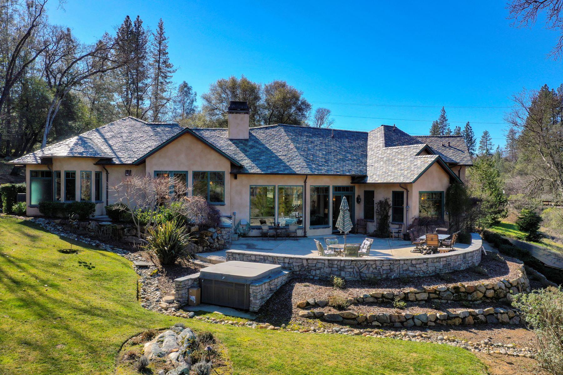 Single Family Homes para Venda às 17085 Winchester Club Drive, Meadow Vista, CA 95722 Meadow Vista, Califórnia 95722 Estados Unidos
