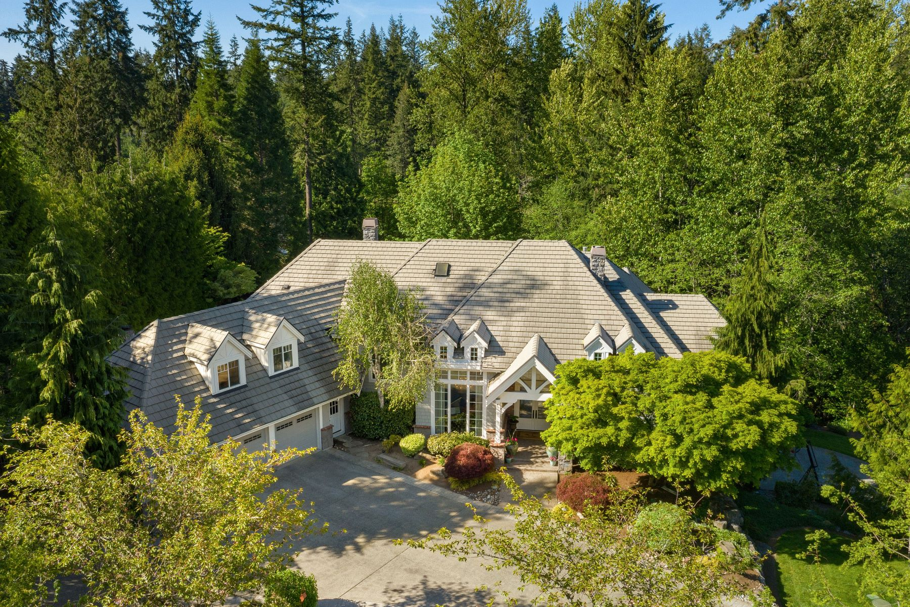 Single Family Homes 용 매매 에 22134 NE 137th St, Woodinville, WA 98077 22134 NE 137th St Woodinville, 워싱톤 98077 미국
