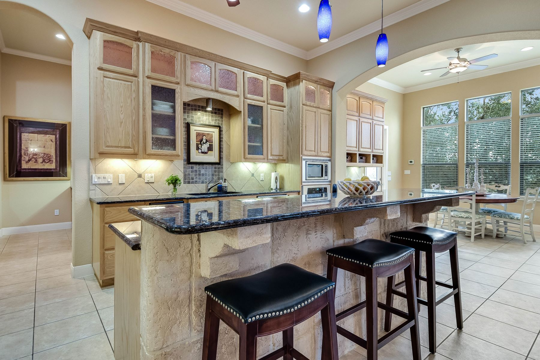 Additional photo for property listing at Unique Hill Country Property 319 Westin Hills New Braunfels, Texas 78132 United States