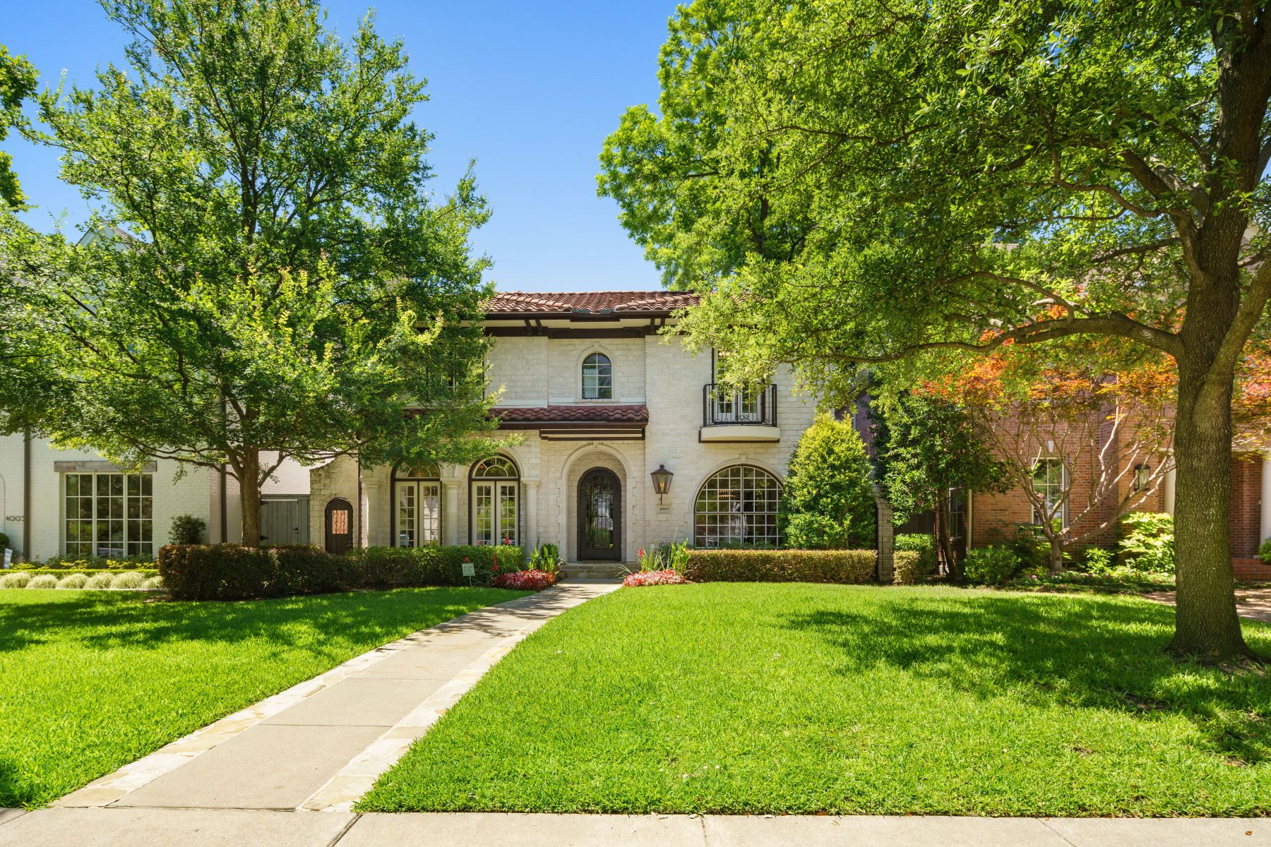 Single Family Homes for Sale at University Park in the Fairway 4009 Hanover Street University Park, Texas 75225 United States